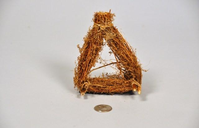 """Nest Brown Twig Triangular 5"""""""
