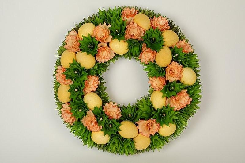 """Wreath Egg Yel on Grn/Org Woodchip 14"""""""