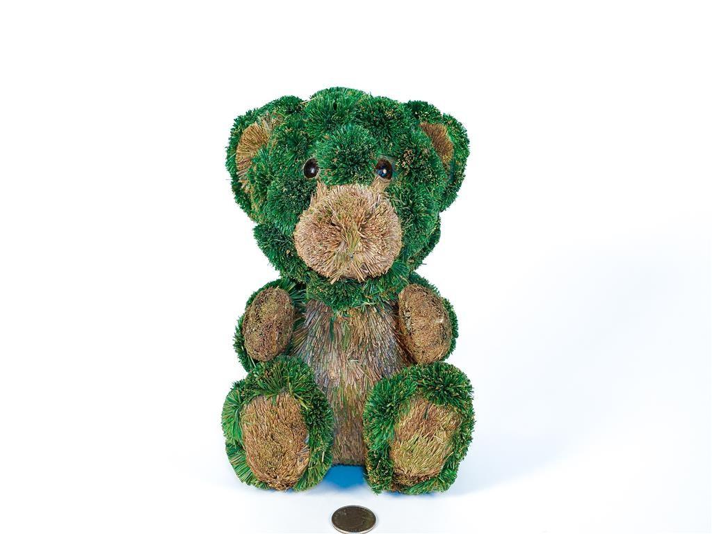 "Bear Green/Brn Jute Sitting 7.5"""