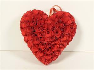 "Wreath Heart Red Woodchip 8"""