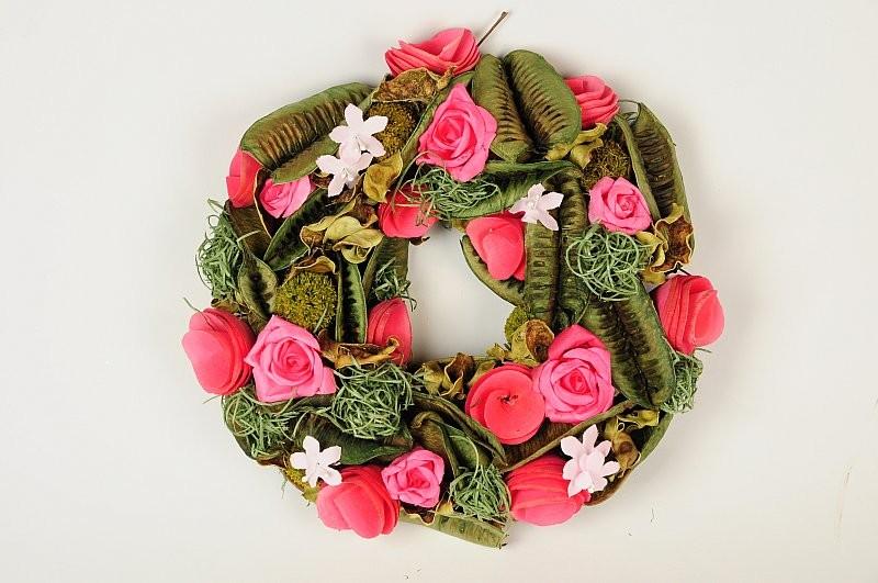 """Wreath Green Pod/Moss w/Pink Rose 9"""""""