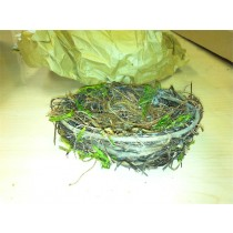 Nest Brown Twig w/Moss 7""