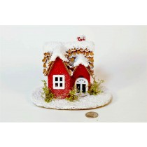 """House Red w/Shell Roof/Snow 6.5"""""""