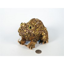Frog Natural Woodchip/Twig 7""