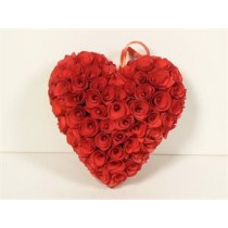 Wreath Heart Red Woodchip 8""
