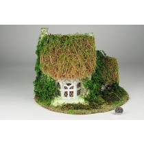 """House Nat. Thatch Roof 8""""x9""""H"""
