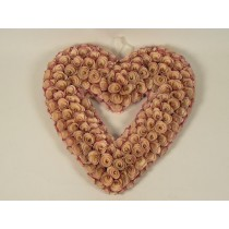 Wreath Heart Pink Woodchip 17""