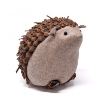 Hedgehog Brown Cone Chip/Twig/Cloth 6.5""
